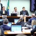 Previdência dos militares: comissão da Câmara aprova mudanças nas regras de aposentadoria