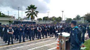 Policiais ainda esperam por resposta do governo e ameaçam parar no Carnaval