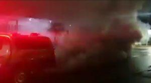 Viatura da Polícia Militar de Rondônia quase explode em via pública